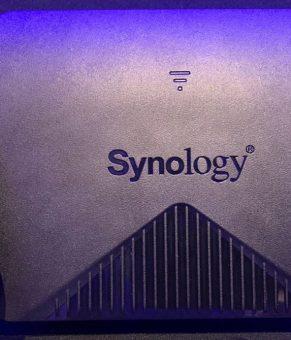 سینولوژی یک روتر مش وایفای سه بانده با پردازنده چهار هستهای معرفی کرد